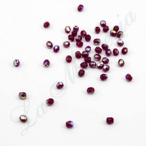 Faceted pearls - 4 mm. - Ruby 60