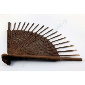 Wooden fan - Guaiacum wood - Engraved