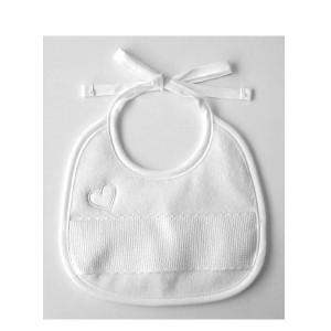 Babero blanco - Corazón bordado - DMC