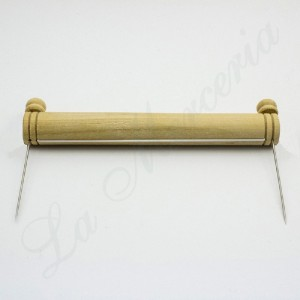 Wood Lace Picker (with both needles)