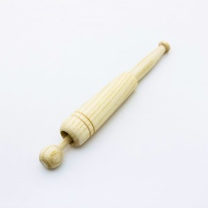 "Bobbins in Beech wood - ""Germany"" - 12,6 cm."
