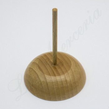 Wooden base for threads
